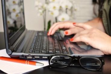 desk glasses notebook 3061